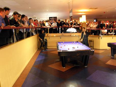 http://www.pro9.co.uk/html/gallery/gallery/EmpirePoolTour/2006EPTMidlandsOpenHundalAndMorris.jpg